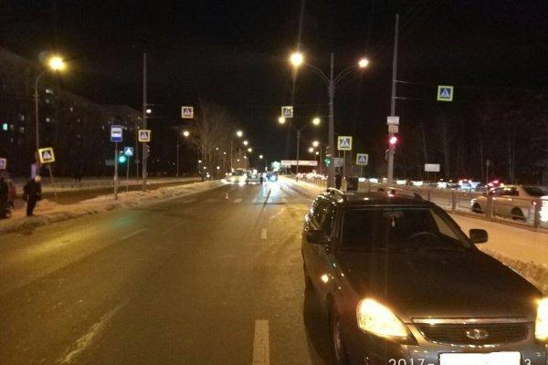 В Екатеринбурге автомобиль сбил 11-летнего мальчика на переходе