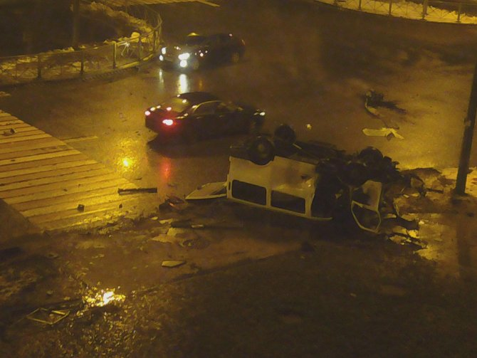 Четыре человека погибли в ДТП в Петербурге (7)