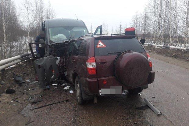 Два человека погибли в ДТП в Бежецком районе Тверской области