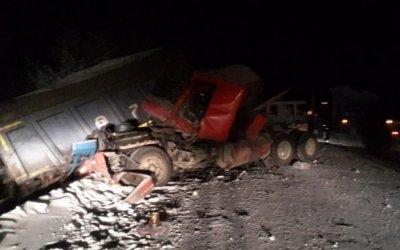 Шесть человек пострадали в ДТП с грузовиками в Якутии