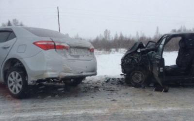 В Кемеровской области водитель иномарки оставил сиротой 7-летнего ребенка и погиб сам