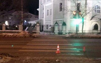 В Вологде водитель иномарки сбил девушку на переходе