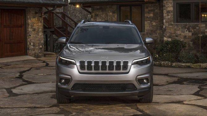Jeep-Grand-Cherokee-2019-33