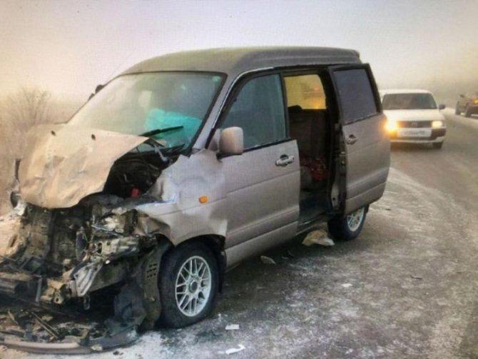 В Приморье водитель без прав спровоцировал ДТП с пострадавшими (1)
