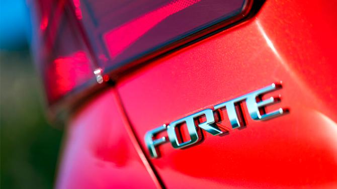 Kia Forte : Cerato 2019 6