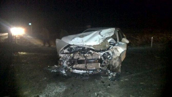 Пассажирка иномарки погибла в ДТП с фурой на автодороге Екатеринбург – Тюмень (1)