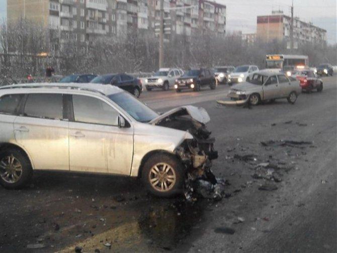 3-летняя девочка пострадала в ДТП в Мурманске (1)