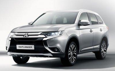 Новые версии Mitsubishi Outlander в России станут дешевле за счет переднего привода