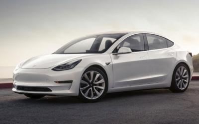 Tesla Model 3 можно будет купить в России в конце 2018 года