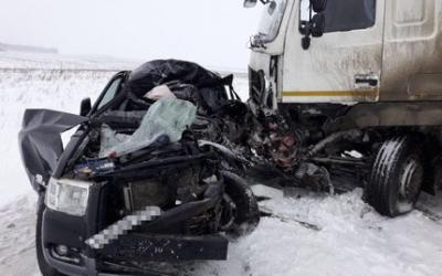 Водитель Ford Ranger погиб в ДТП с грузовиком в Башкирии