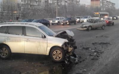 3-летняя девочка пострадала в ДТП в Мурманске