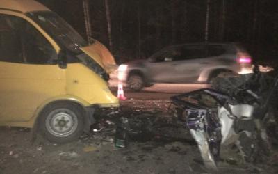 Водитель ВАЗа погиб в ДТП с маршруткой в Миассе