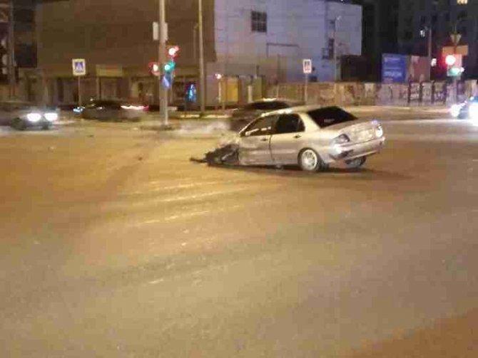 Два человека пострадали в ночном ДТП в Екатеринбурге (1)
