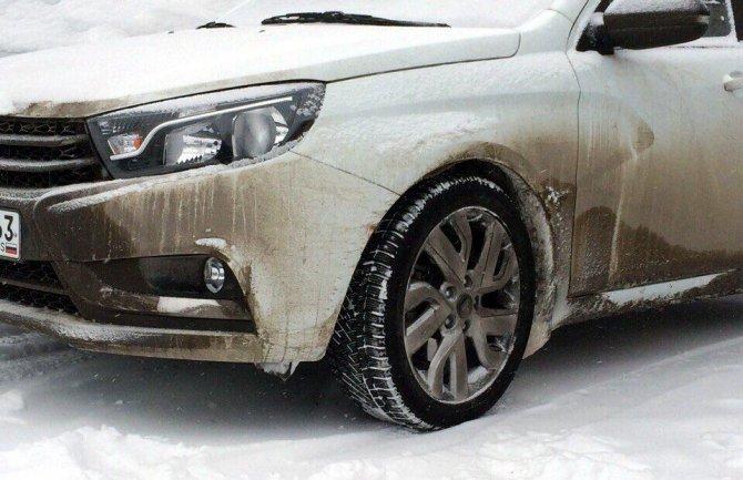 Lada Vesta Sport заснята фотошпионами в суровых условиях Сургута