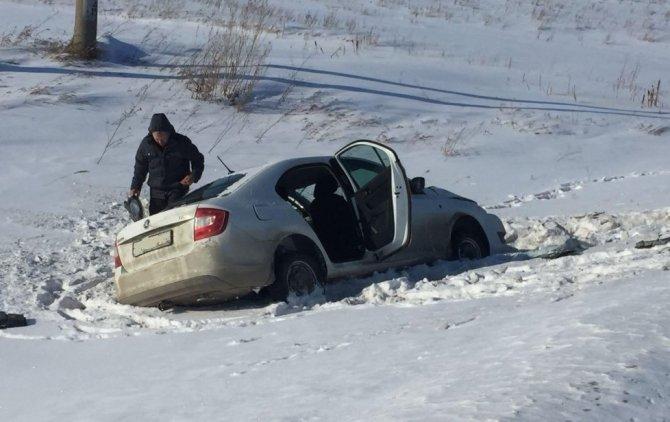 В лобовом ДТП на трассе Дюртюли-Нефтекамск погибла женщина (2)