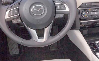 Mazda отзывает почти 2 тысячи автомобилей в России из-за проблем с тормозами