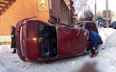 Молодой водитель иномарки погиб в ДТП в Покрове