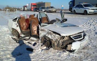 Три человека погибли в ДТП с большегрузом в Башкирии