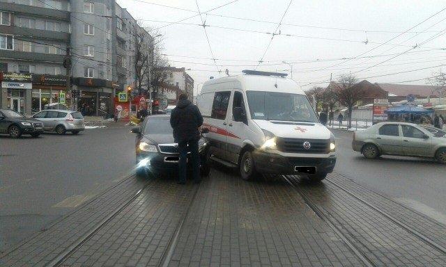 В Калининграде «скорая помощь» попала в ДТП