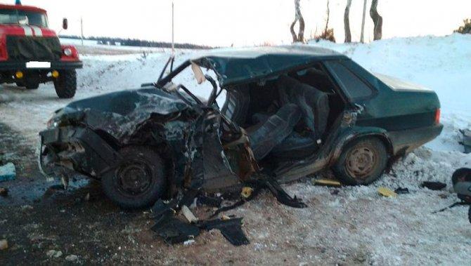 Два человека погибли в ДТП в Сарапульском районе (2)