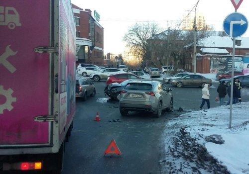 Три человека пострадали в ДТП в Омске (2)