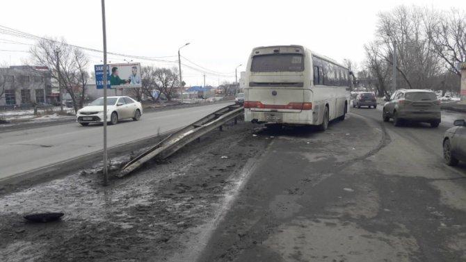 В Челябинске автобус насмерть сбил мужчину