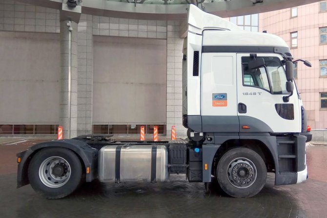 Ford Cargo 2