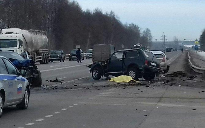 Водитель «Нивы» погиб в ДТП в Выгоничском районе (1)