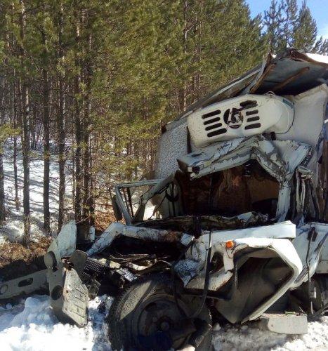 В Башкирии в ДТП с грузовиками погиб человек (1)