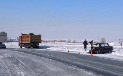 Пассажир ВАЗа погиб в ДТП с грузовиком в Орске