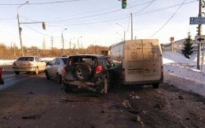 Четыре автомобиля попали в ДТП в Ярославле