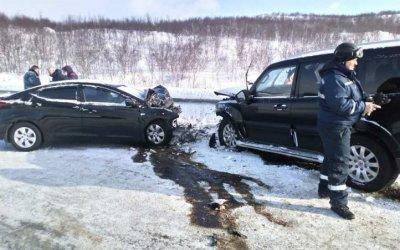 На трассе «Кола» в ДТП пострадали люди