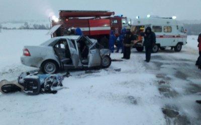 Женщина и двое детей погибли в ДТП в Башкирии