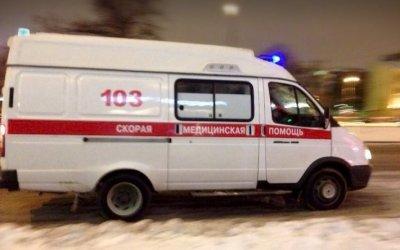 В Ленобласти водитель иномарки получил тяжелые травмы в ДТП с КамАЗом