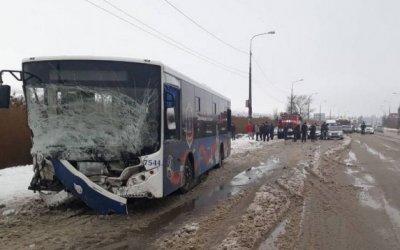 Молодая пассажирка погибла в ДТП с автобусом в Волгограде