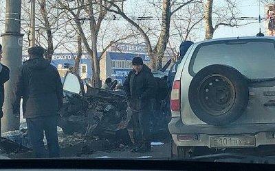 В Орле в ДТП с «Газелью» погибли три человека