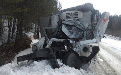 В Башкирии в ДТП с грузовиками погиб человек