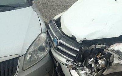 Женщина и ребенок пострадали в тройном ДТП в Краснодаре
