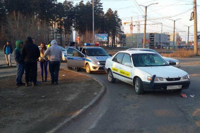 В Ангарске пьяный водитель сбил двух женщин и скрылся