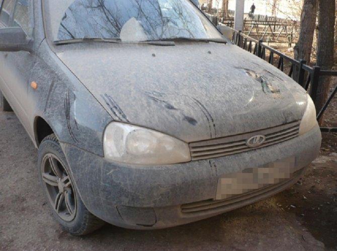 В Башкирии женщина-водитель сбила двух школьниц и скрылась (2)