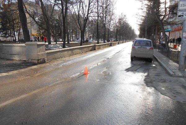 В Башкирии женщина-водитель сбила двух школьниц и скрылась (1)