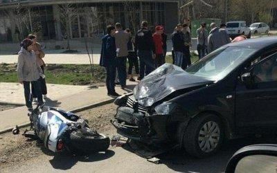 В Краснодаре в ДТП пострадали мотоциклист с пассажиркой