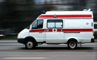 В Череповце внедорожник сбил пешехода во дворе