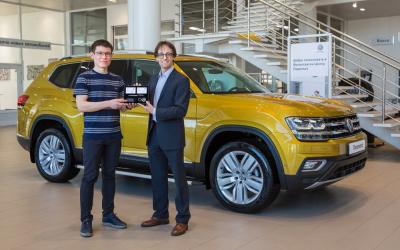 Volkswagen Teramont передан первому российскому клиенту