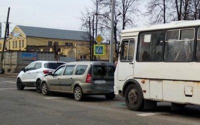 В Иванове женщина начала рожать после ДТП