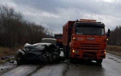 Девушка погибла в ДТП с КамАЗом в Челябинской области