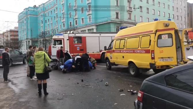 Мотоциклист серьезно пострадал в центре Мурманска