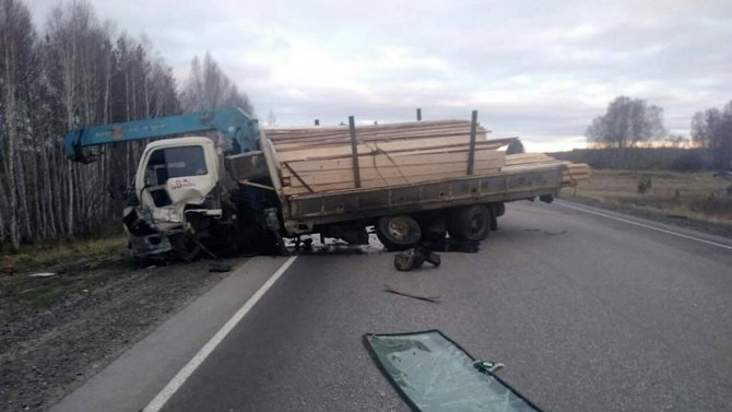 Водитель ВАЗа без прав погиб в ДТП в Каслинском районе (3)