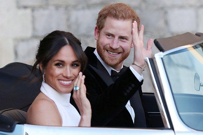 Свадьба принца Гарри и актрисы Меган Маркл, кольцо и родстер