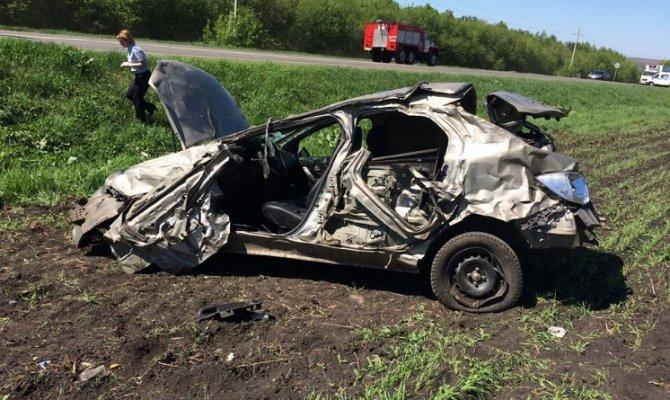 Две женщины погибли в ДТП с грузовиком в Сеченовском районе (2)